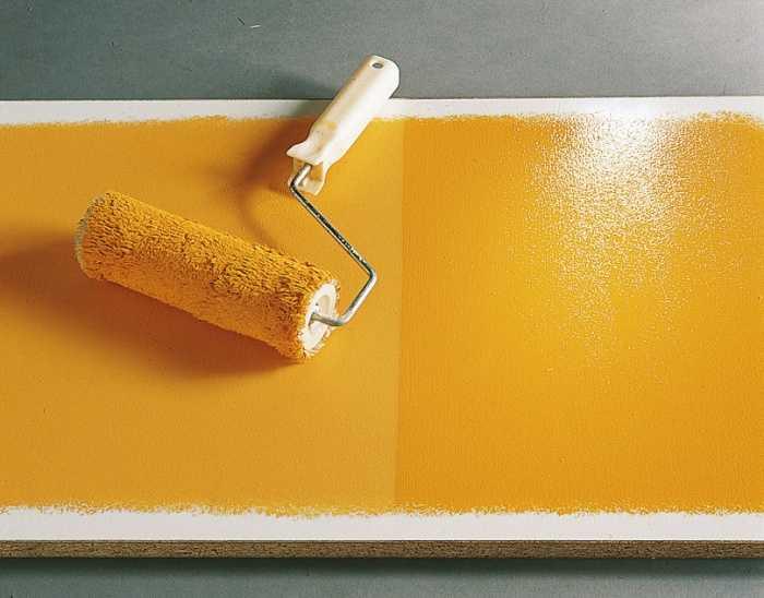 Красить водоэмульсионной краской