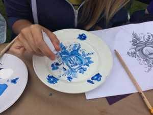 Гжельская роспись посуды
