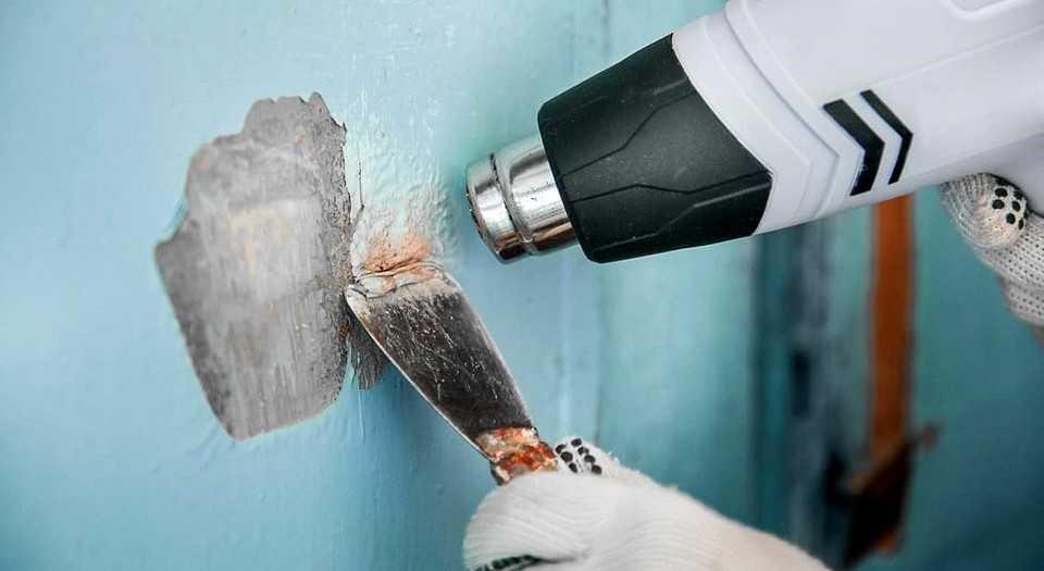 Снятие краски перед укладкой плитки