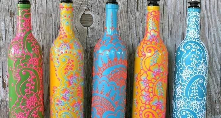 Бутылки акриловыми красками